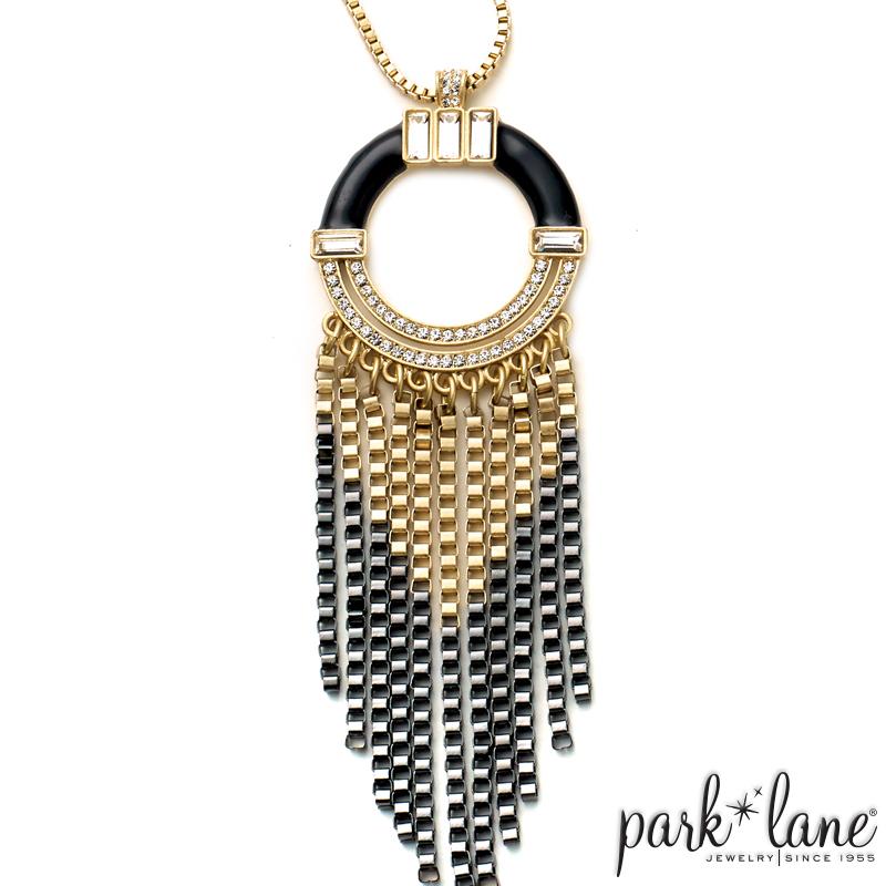 Art Deco Necklace Product Video