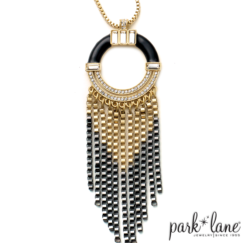 ART DECO NECKLACE Product Video