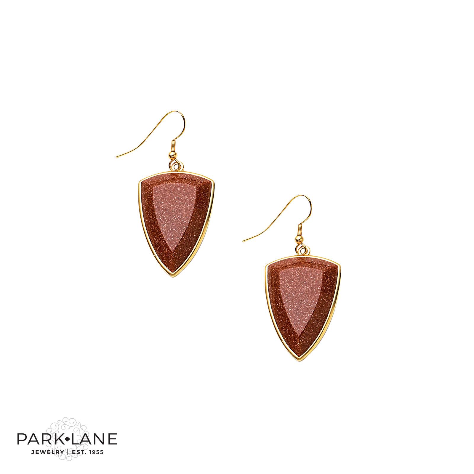 Dubai Pierced Earrings Product Video