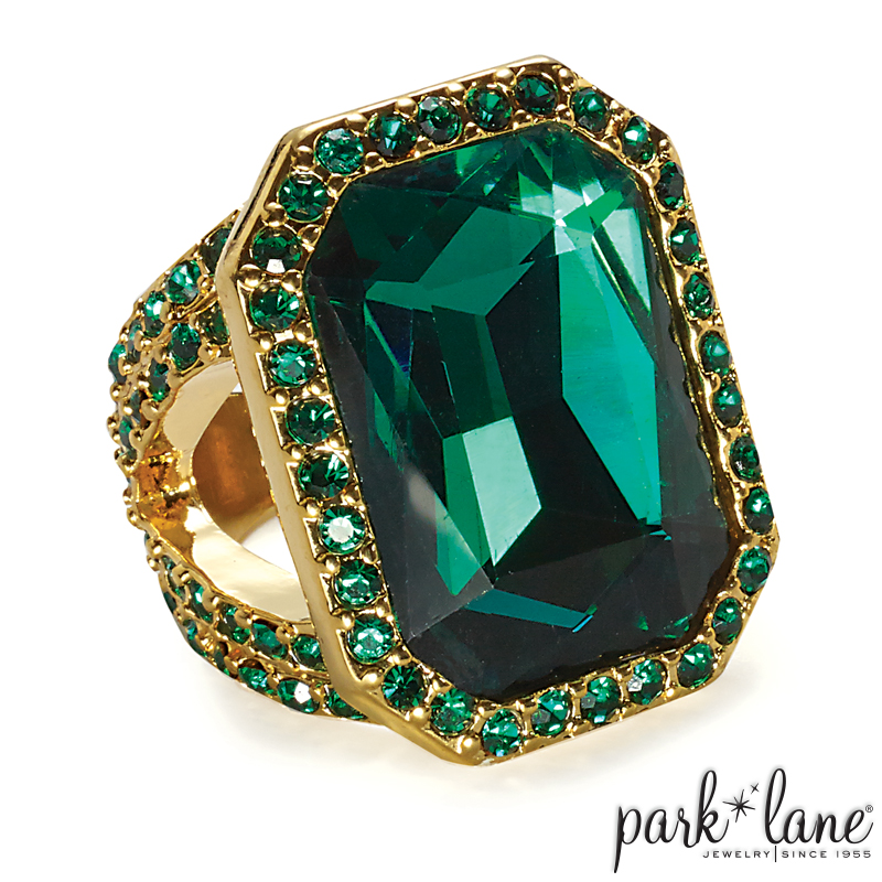 EMERALD GODDESS RING Product Video