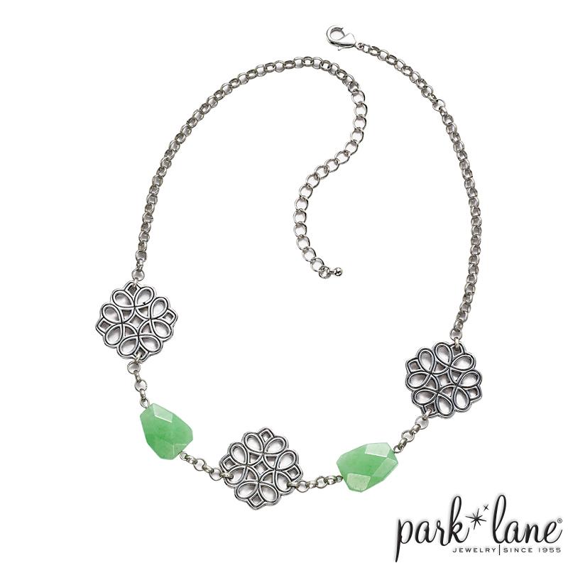 Mint Julep Short Necklace Product Video