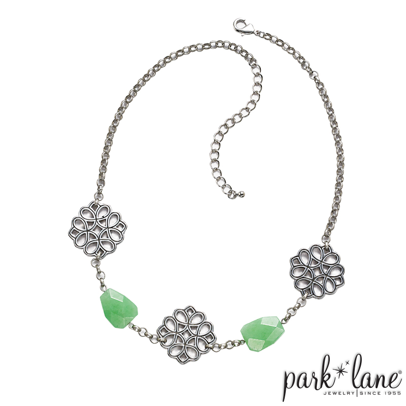 MINT JULEP SHORT NECKLACE  Product Video