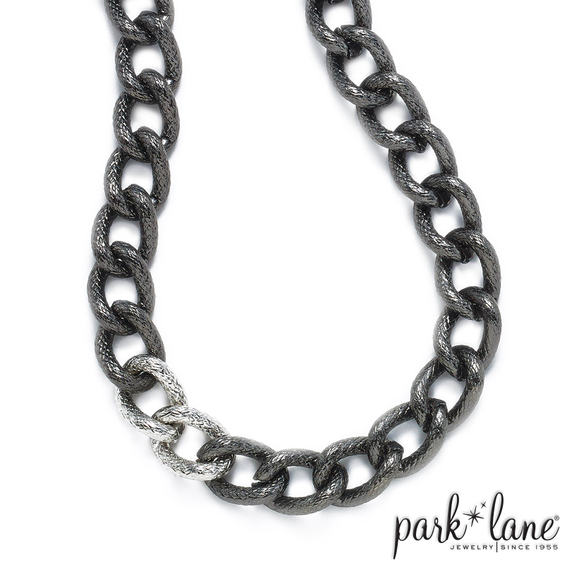 LINKED IN NECKLACE Product Video
