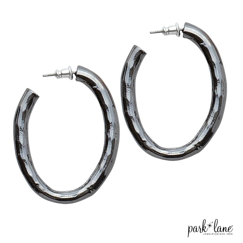 En Vogue Pierced Earrings Product Video