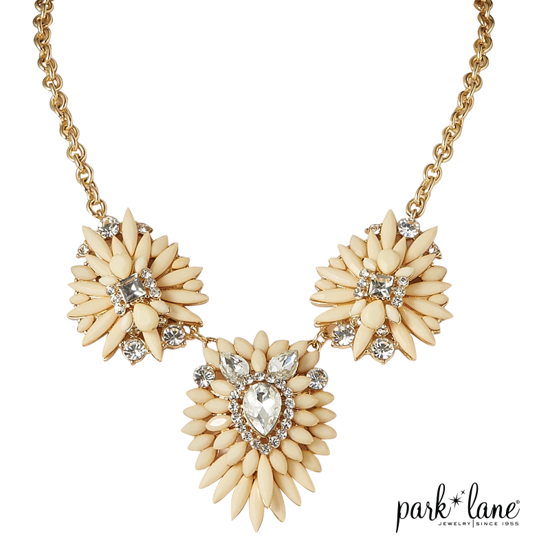 Ivoire Necklace Product Video