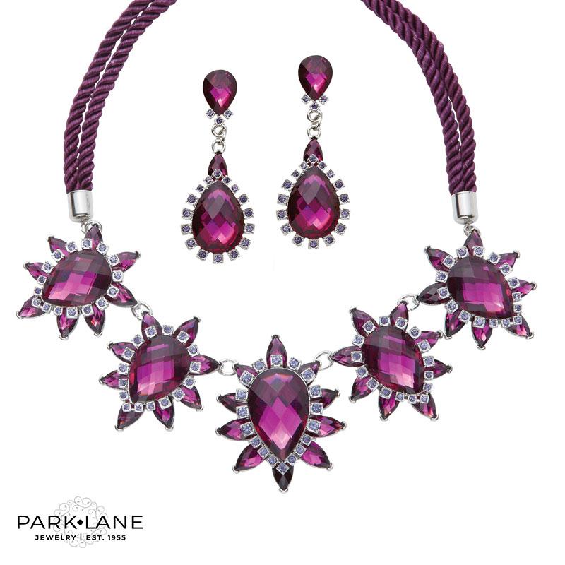 Parisian Pierced Earrings Product Video