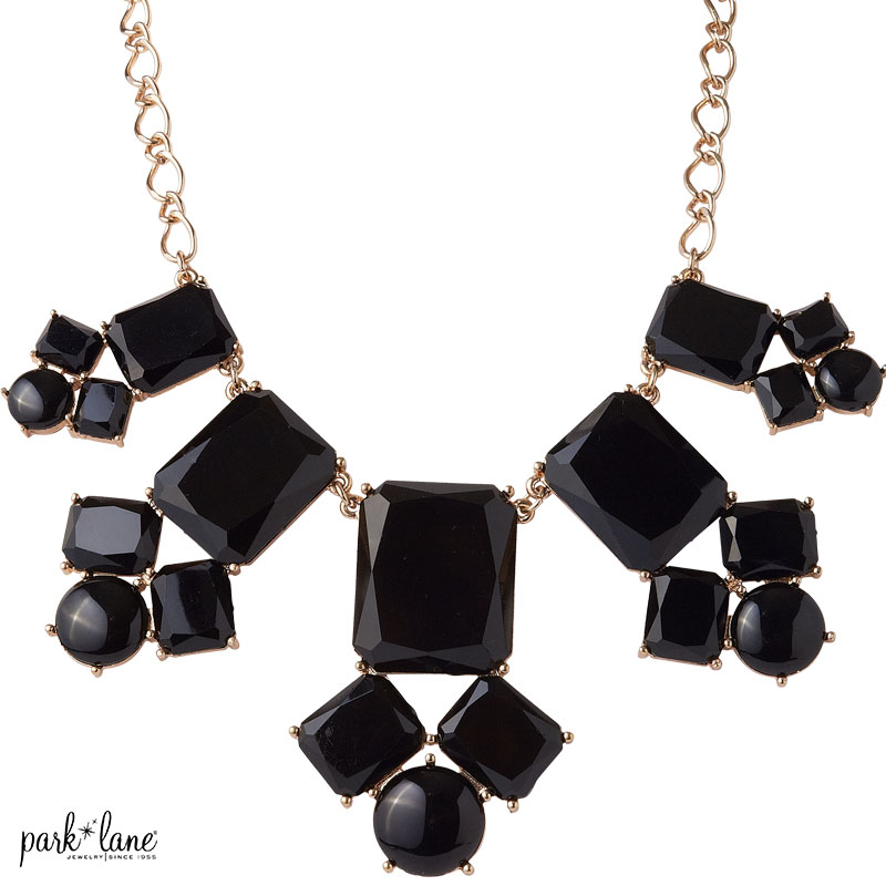 GALA NECKLACE Product Video